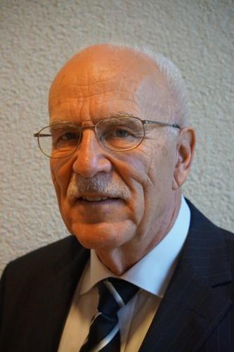 Dr. Wolfgang Schwenkel